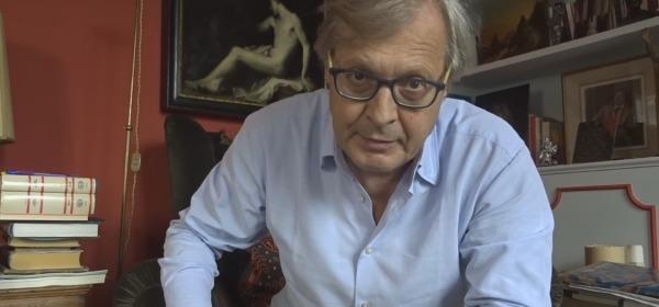 Vittorio Sgarbi nel video pubblicato su facebook